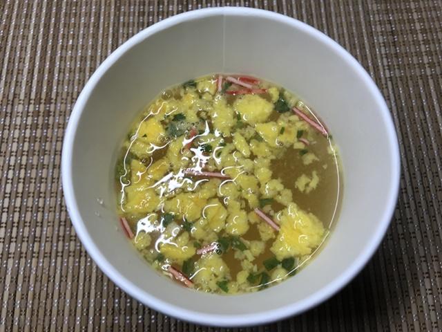 セブンプレミアム:かきたま春雨スープ お湯を入れて3分経ったところ