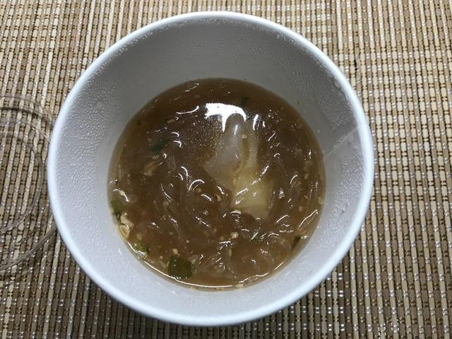セブンプレミアム:ワンタン春雨スープ